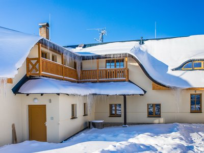 EA Mountain hotel Hajenka*** - the hotel building in winter
